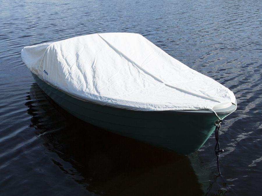 Terhi 385 Ruderboot mit Hafenpersenning