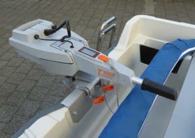 Terhi 400 Kleinboot mit Elektroantrieb