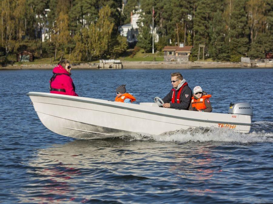 Terhi 400 C Kleinboot im Einsatz