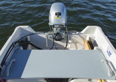 Terhi 400 C Kleinboot mit Sitzfläche und Elektroantrieb