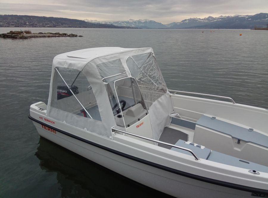 Terhi 445 C Familienboot mit Regendach