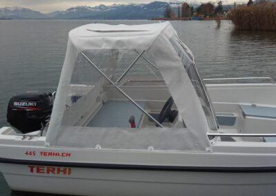 Terhi 450 C Familienboot mit Regendach / Heckpersenning
