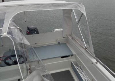 Terhi 450 C Familienboot mit portablen Regendach