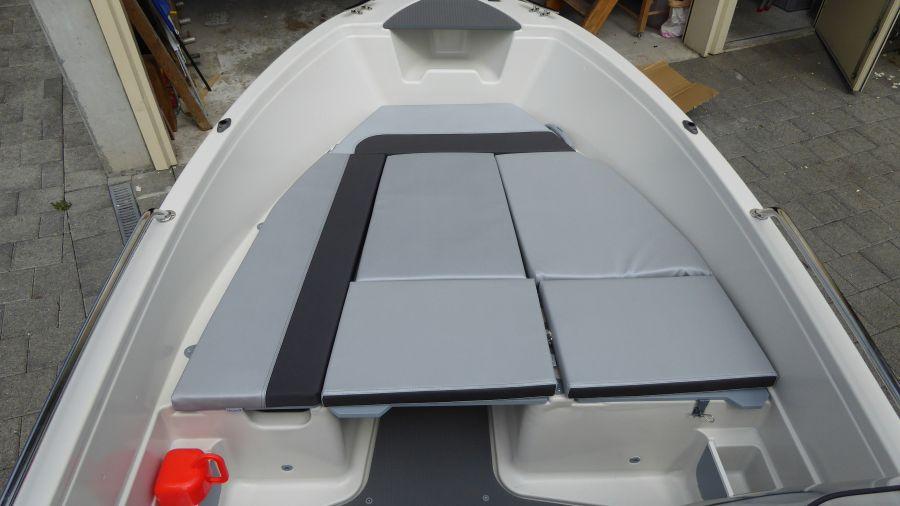 Terhi 450 C Familienboot mit Liegefläche