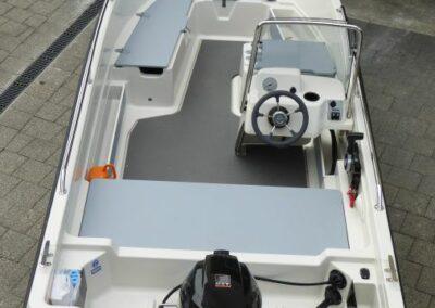 Terhi 450 C Familienboot - Innenansicht
