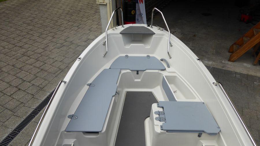 Terhi 450 C Familienboot - Sitzflächen