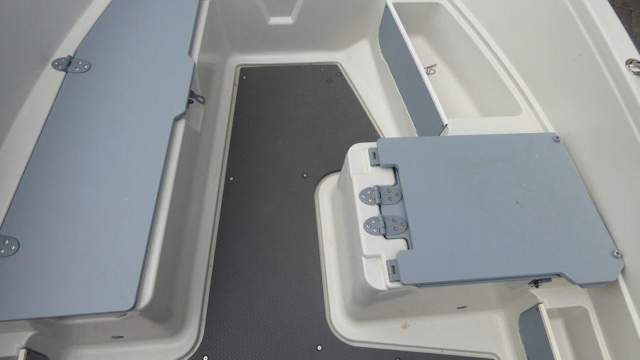Terhi 450 C Familienboot - Sitzfläche Details und Varianten