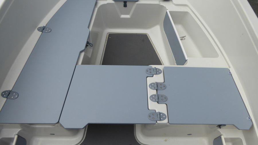 Terhi 450 C Familienboot - Sitzfläche Details