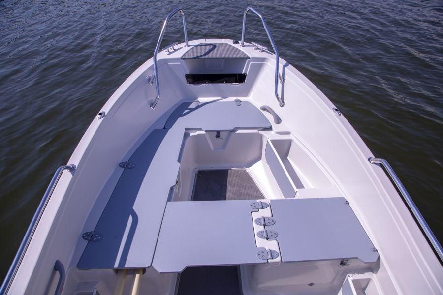 Terhi 450 CC Motorboot - Sitzmöglichkeiten