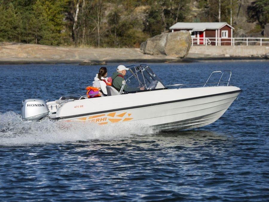 Terhi 475 BR Familienboot im Einsatz