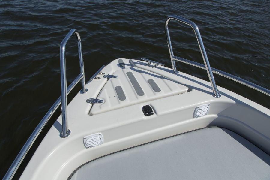 Terhi 475 BR Familienboot - Edelstahl Reling