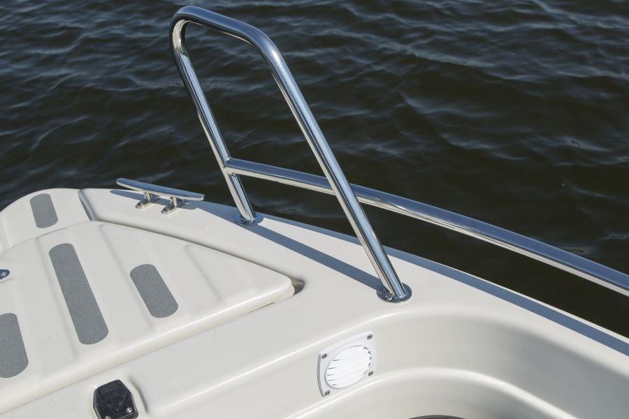 Terhi 475 BR Familienboot - Massive Edelstahl Reling