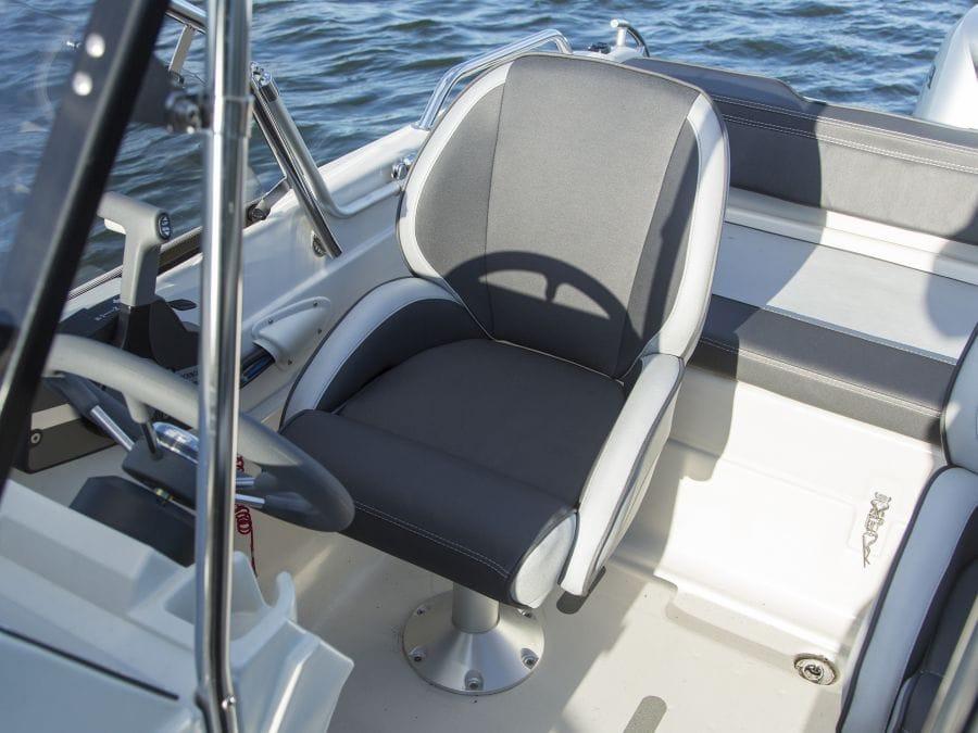 Terhi 475 BR Familienboot mit einem Einzelsitz