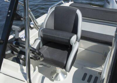 Terhi 475 BR Familienboot - Sitz klappbar