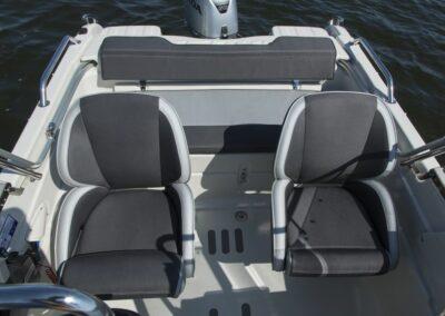 Terhi 475 BR Familienboot mit zwei Einzelsitzen