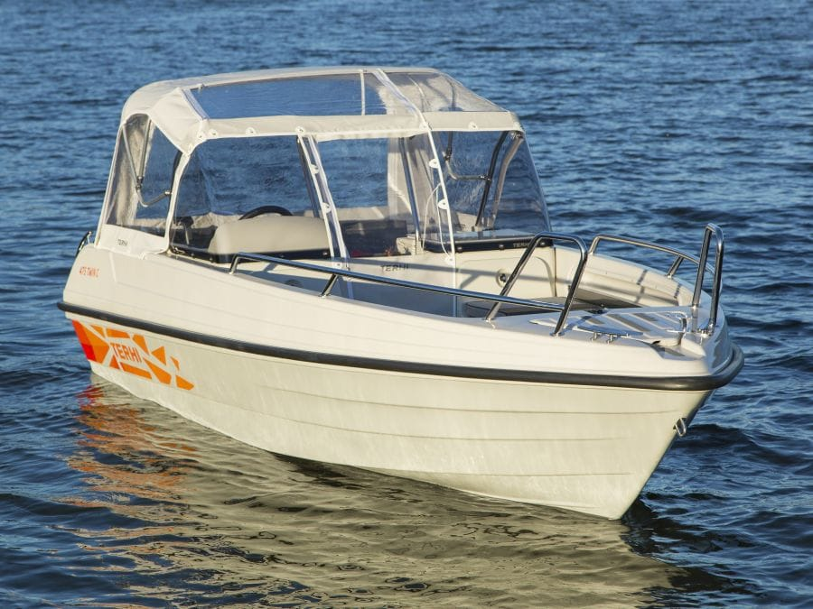 Terhi Twin C Konsolenboot mit Regendach