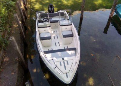 Terhi Twin C Konsolenboot aus der Vogelperspektive