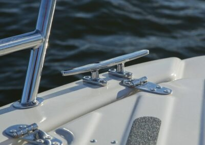 Terhi Twin C Konsolenboot - Haltegriffe