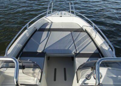 Terhi Twin C Konsolenboot - Sitzfläche mit Kissen