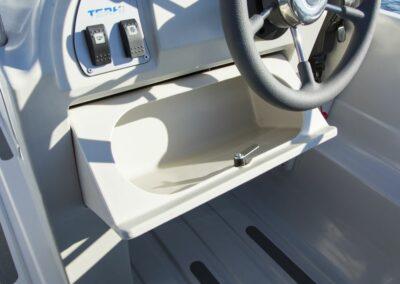 Terhi Nordic 6020C Fischerboot mit abschliessbarem Handschuhfach