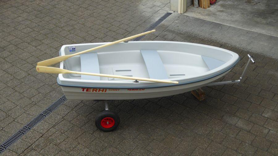 Terhi Sunny 310 Kleinboot mit Ruder