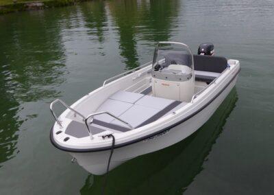 Badeboot Terhi 450 CC Liegefläche