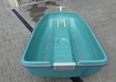 Terhi Tender in grün - Beiboot