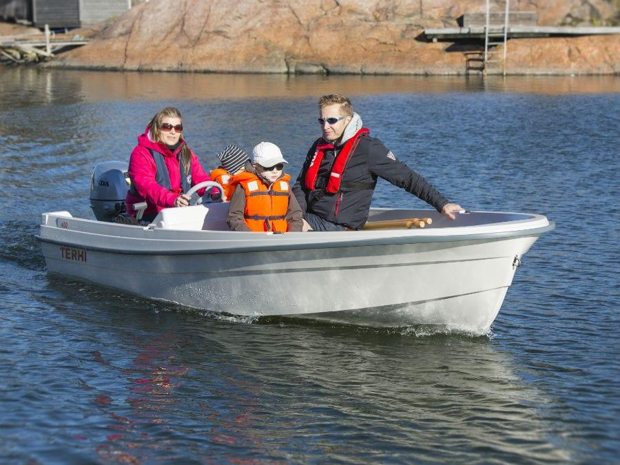 Terhi 400 C Familienboot