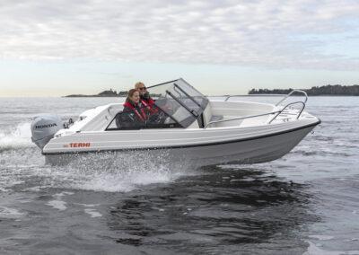 Das kleine Sportboot macht Spass Terhi 480