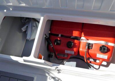 Stauraum Benzintank 50Liter Terhi 480 Sportboot