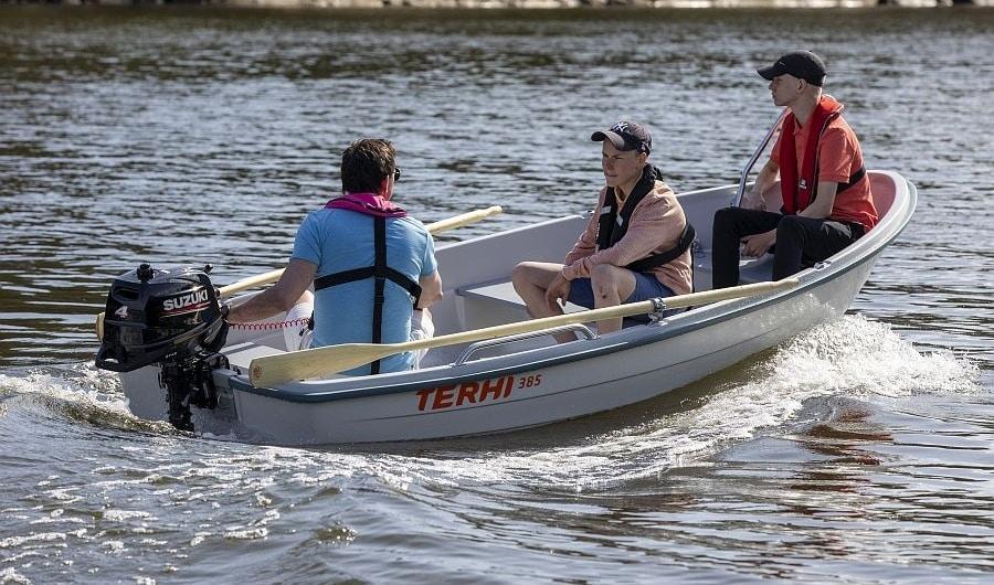 Terhi Ruderboot 385