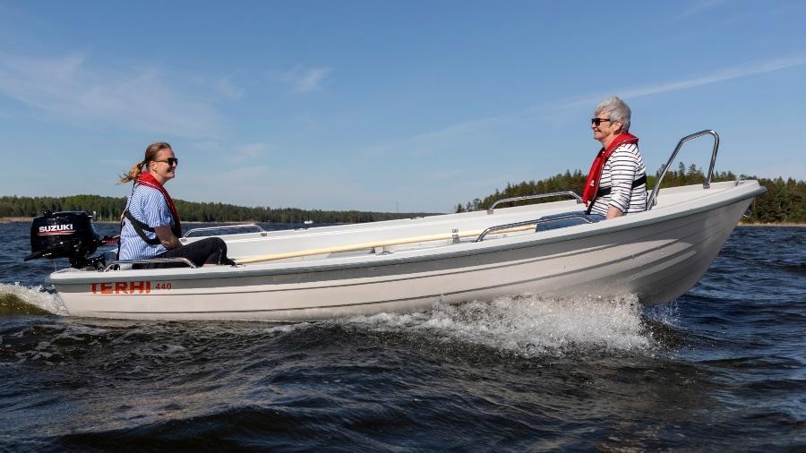 Terhi 440 Ruderboot Modelle