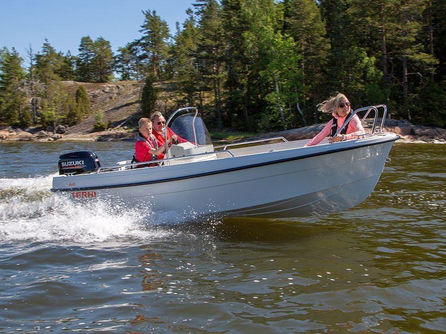 Mittelkonsolenboot Terhi 450CC