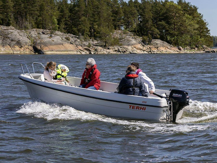 Ausflug mit dem Familienboot Terhi 450