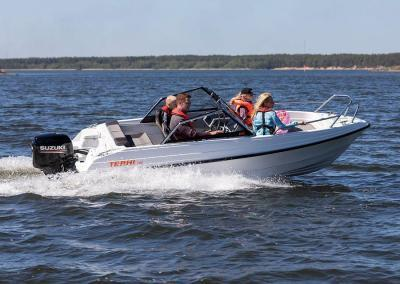Terhi 480Br Sportboot mit 60PS Suzuki Motor Familienboot